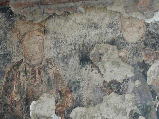 http://www.cimec.ro/Arheologie/Targsor/en/istoric/bisantonie/BisericaAntonie26ma.jpg